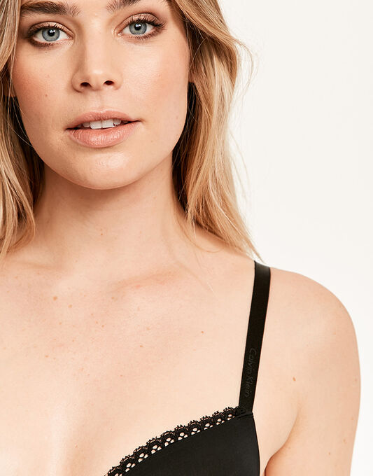 Calvin Klein Seductive Comfort Customized Lift Bra