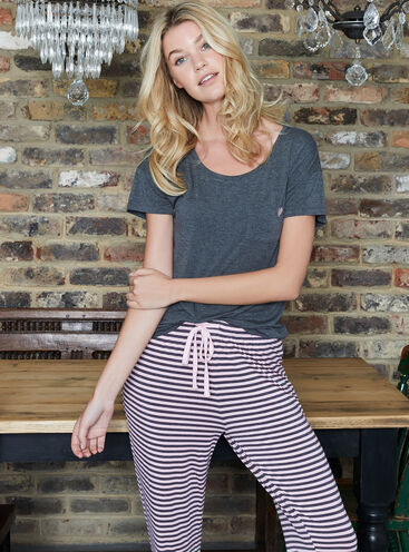Heart tee and stripe pants set